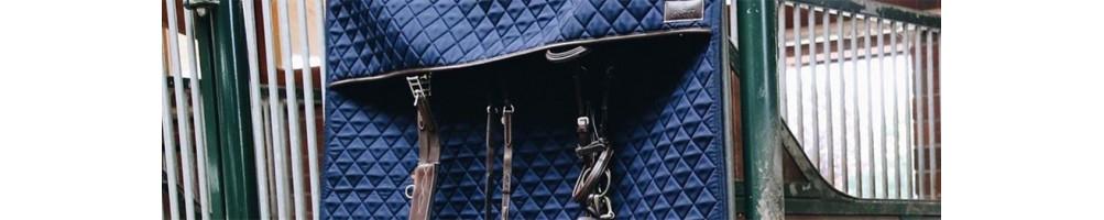 Tentures, portes de box et protections de tête